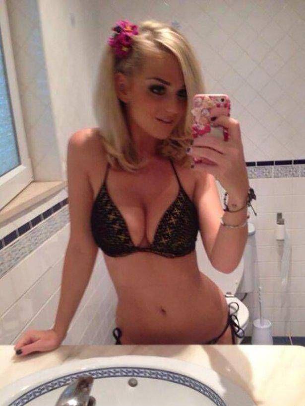 Erotik show beim Cam2Cam Chat mit diesem deutschen Camgirl